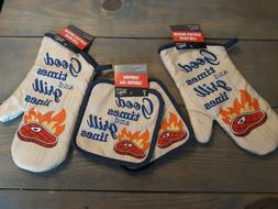 2 oven mitts and 2 pot holders, grilling themed, 100% polyes