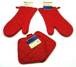 4 Piece set of Pot holders and oven mitts - Red