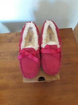 dakota hot pink shearling moccasin sleepers sz