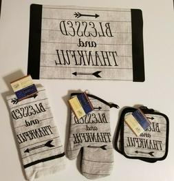 Sentiments Kitchen Linen Set -Blessed and Thankful Towel, Po